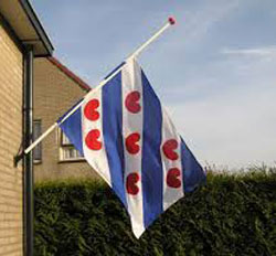 Vlag halfstok tegen sluiting De Sionsberg