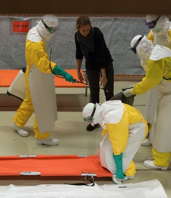 Stoomcursus ebola: loodzwaar maar broodnodig