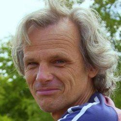 En verlos ons van de zorgverzekeraar - Menno Oosterhoff